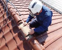 職人歴35年以上の瓦葺き替え 工事のプロがおります