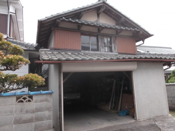 神戸市にあるK様邸に劣化の原因を調査しにお伺いしました