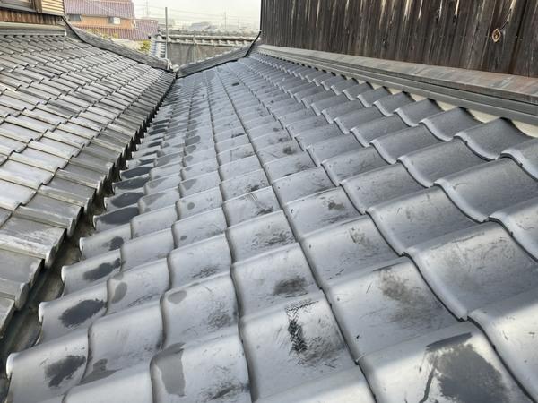 加東市のO様邸 下屋根のみの葺き替え工事