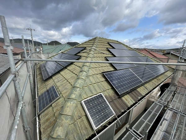 三田市T様邸 太陽光パネルを廃棄してセメント瓦を葺き替え
